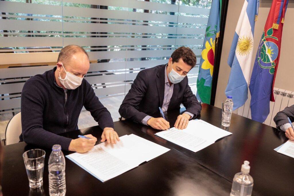 CONVENIO CON EL MINISTERIO DEL INTERIOR PARA ASISTIR A VECINOS LOMENSES