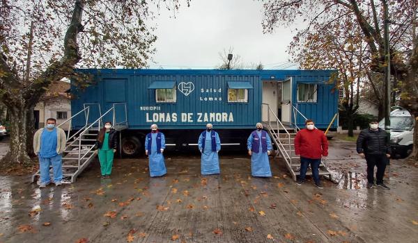 LOS VECINOS DE TEMPERLEY SE PUEDEN ATENDER EN EL TRAILER DE SALUD, FRENTE AL DISPENSARIO